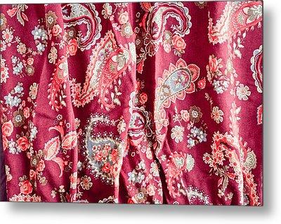 Floral Pattern Metal Print by Tom Gowanlock