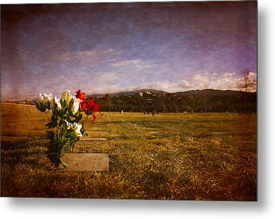 Metal Print featuring the photograph Flowers On Memorial by Dave Garner