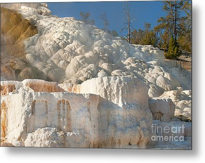 Flowing Minerals Metal Print by Wanda Krack