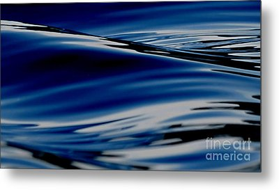 Flowing Movement Metal Print