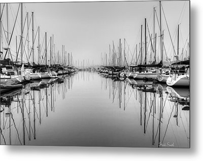 Metal Print featuring the photograph Foggy Autumn Morning - Black And White by Heidi Smith