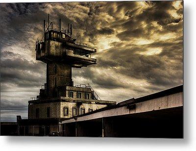 Folkestone Harbour Control Metal Print by Ian Hufton