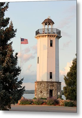 Fond Du Lac Lighthouse  Metal Print by George Jones