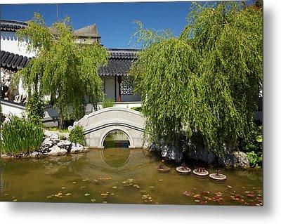 Footbridge, Chinese Gardens, Dunedin Metal Print by David Wall