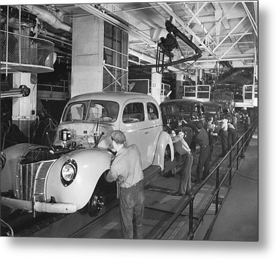 Ford Assembly Line Metal Print by Underwood Archives