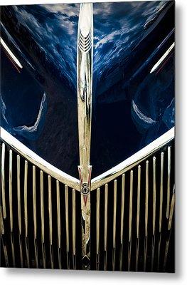 Ford V8 Grill Metal Print
