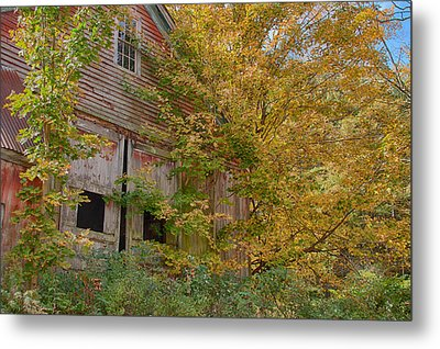 Forgotten But Not Gone Metal Print by Jeff Folger