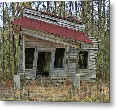 Forgotten Country Store Metal Print by Victor Montgomery