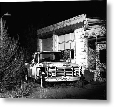 Metal Print featuring the photograph Forgotten Ford by Christopher McKenzie