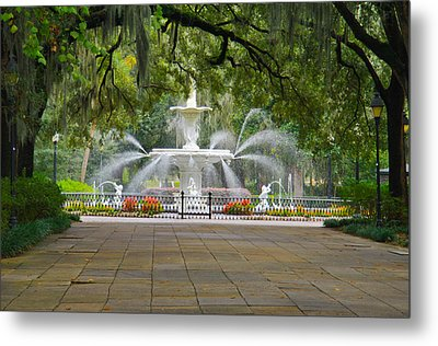 Forsyth Fountain Metal Print by John Roberts
