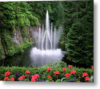 Fountain And Flowers Metal Print