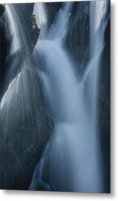 Fountain Nature Metal Print by Gene Garnace