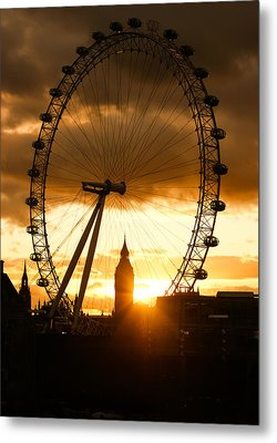 Framing The Sunset In London - The London Eye And Big Ben  Metal Print by Georgia Mizuleva