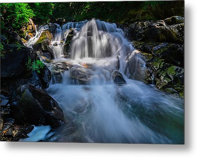 Free Streaming Metal Print