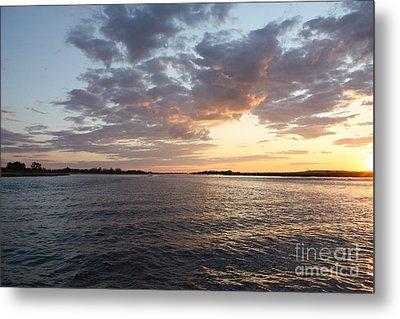 Freeport Cloudy Summertime Sunset Metal Print by John Telfer