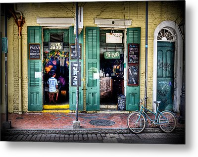 Metal Print featuring the photograph Fritzels Bar On Bourbon Street by Ray Devlin