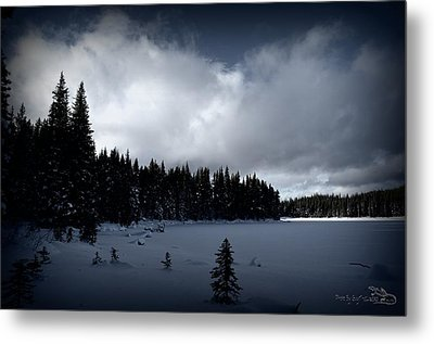 Metal Print featuring the photograph Frozen Nickel Plate Lake by Guy Hoffman