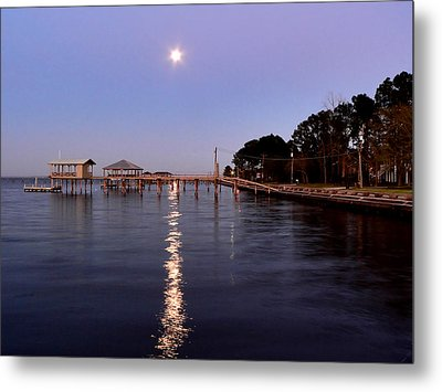 Full Moon On The Bay Metal Print