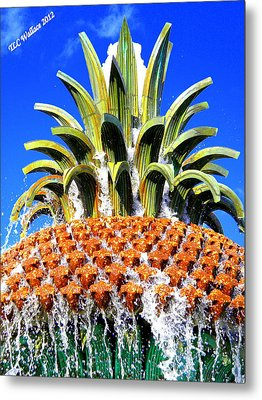 Funky Fountain Metal Print by Tammy Wallace