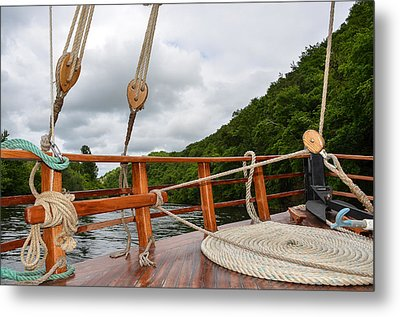 Boat Rope Metal Print by Dany Lison