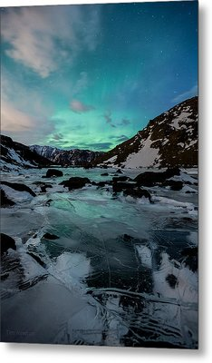 Gale-force Aurora V Metal Print