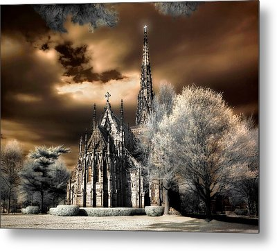 Metal Print featuring the photograph Garden City Cathedral #2 by Steve Zimic