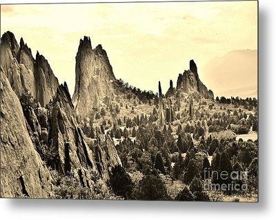 Garden Of The Gods In Sepia Metal Print by Ronnie Glover