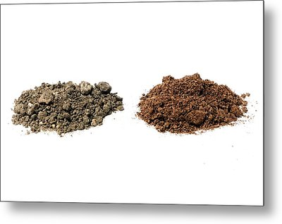 Garden Soil And Peat-based Compost Metal Print by Dr Jeremy Burgess