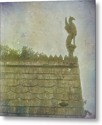 Metal Print featuring the photograph Gargoyle by Kandy Hurley