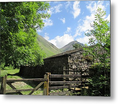Gateway To The Hills Metal Print