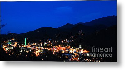 Gatlinburg Skyline At Night Metal Print by Nancy Mueller