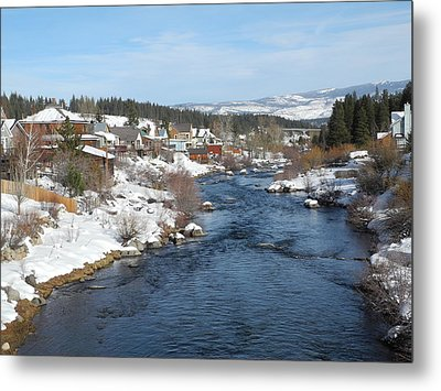 Gazing Over The Truckee River Metal Print