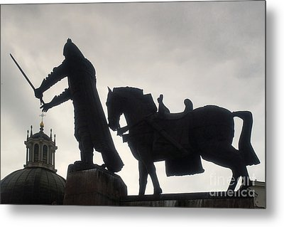 Gediminas Statue In Vilnius At Sunset Metal Print
