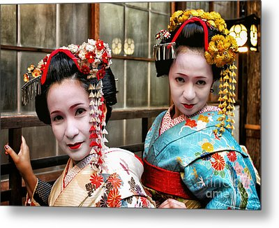 Geisha 2 Metal Print by John Swartz