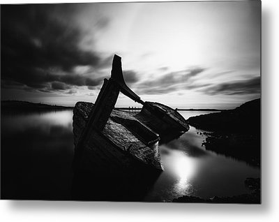 Metal Print featuring the photograph Ghost Ship by Frodi Brinks