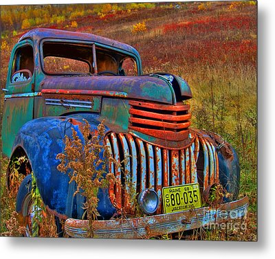Metal Print featuring the photograph Ghost Truck by Alana Ranney