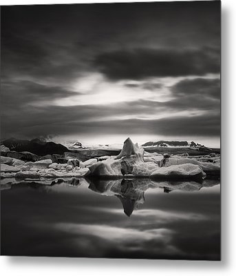 Metal Print featuring the photograph Glacier Lagoon by Frodi Brinks