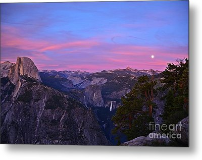 Glacier Point With Sunset And Moonrise Metal Print