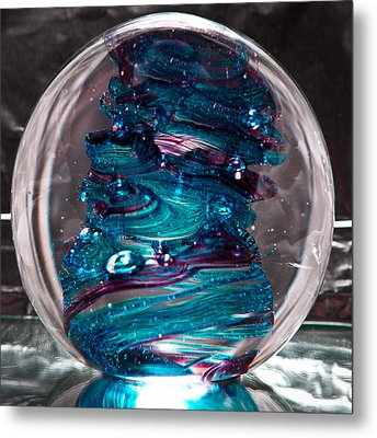 Glass Sculpture Blues And Purple Rb4 Metal Print by David Patterson