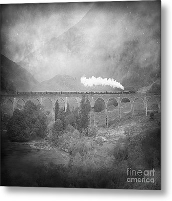 Metal Print featuring the photograph Glenfinnan Black And White by Roy  McPeak