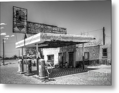 Glory Days Of Route 66 Metal Print by Bob Christopher