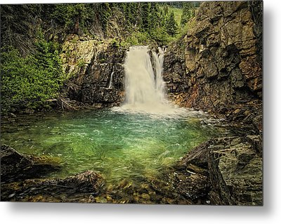 Metal Print featuring the photograph Glory Pool by Priscilla Burgers