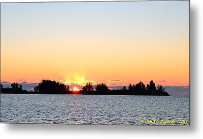 Glowing Sunset Metal Print