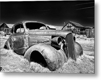 Goin' Nowhere Metal Print by Cat Connor