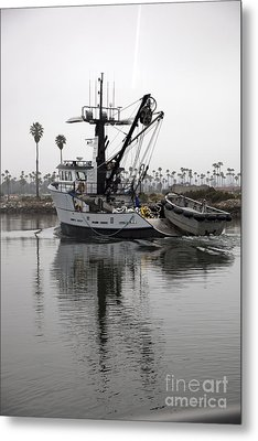 Going To Work Metal Print by Amanda Barcon