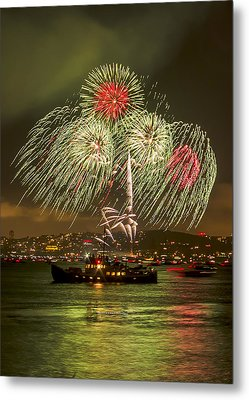 Golden Gate Bridge 75th Anniversary Fireworks 17 Metal Print