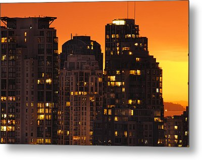 Metal Print featuring the photograph Golden Orange Cityscape Dccc by Amyn Nasser