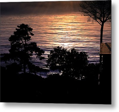 Golden Rays Of Sunset On The Water Metal Print by William Havle