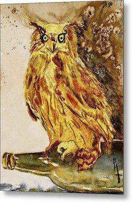 Goldene Bier Eule Metal Print by Beverley Harper Tinsley