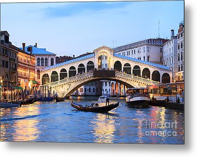 Gondola In Front Of Rialto Bridge At Dusk Venice Italy Metal Print by Matteo Colombo